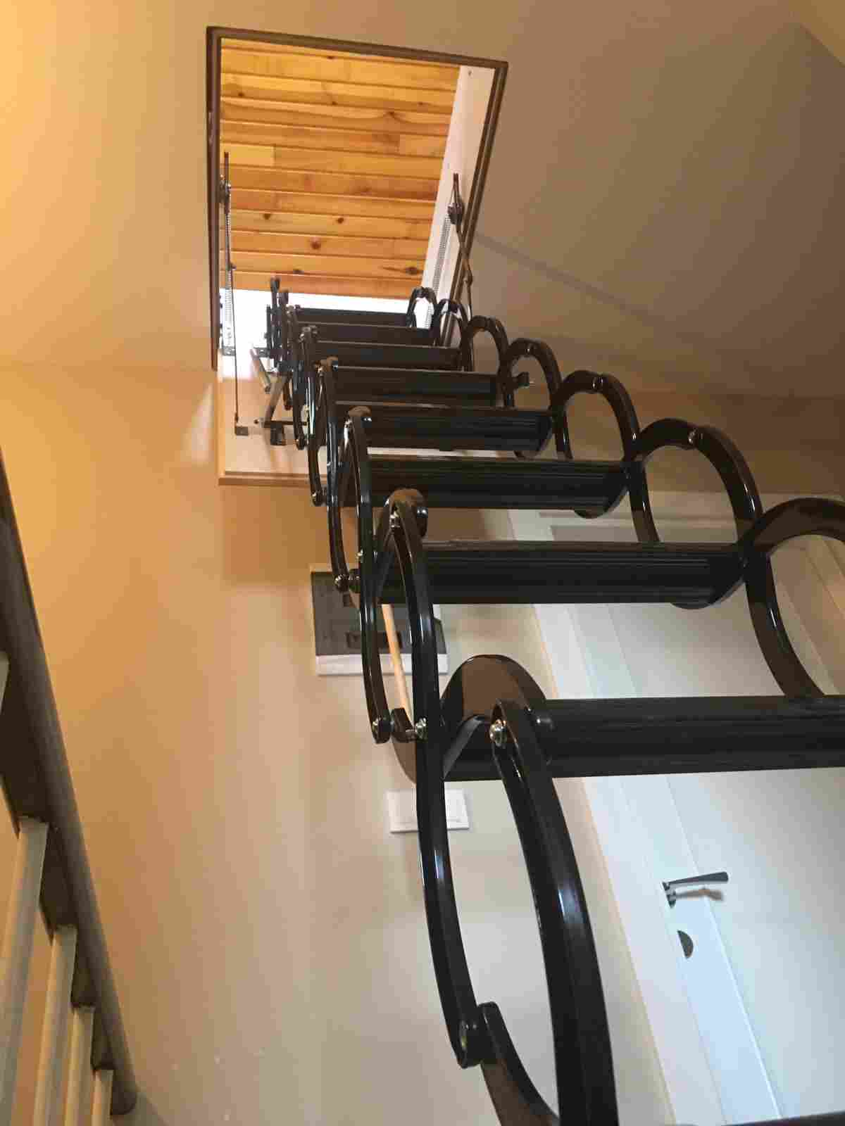 nukan tavan arası makaslı çatı merdivenleri